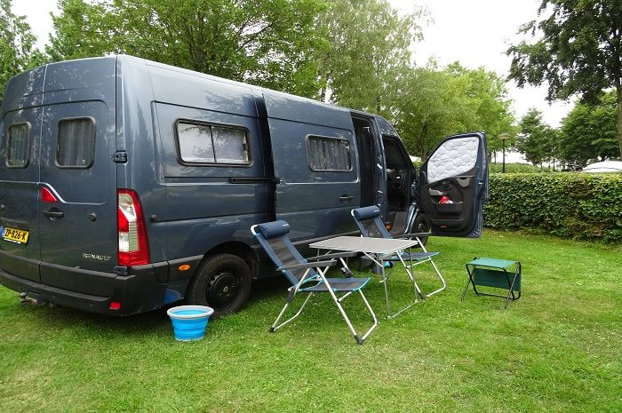 Camping Um Bierg